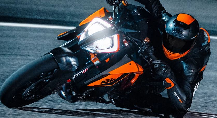 KTM 1290 SUPER DUKE R – THE BEAST